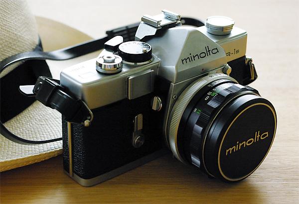 35mmのフィルムカメラ